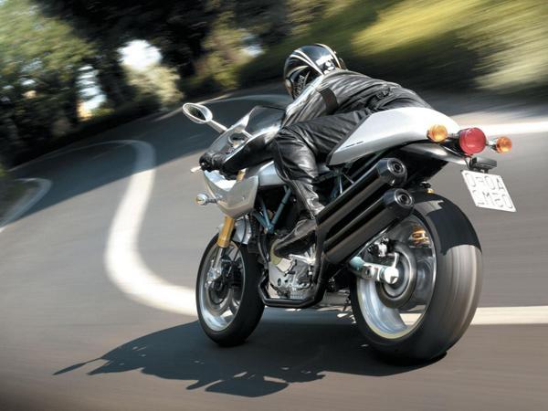Мотоцикл — техника опасная