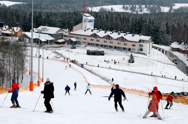 Приглашает горнолыжный курорт «Силичи»