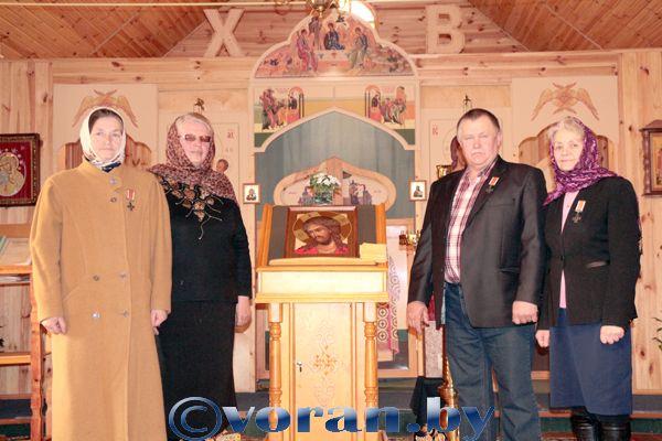 В освященном храме встречают Пасху