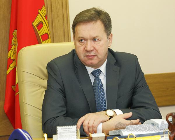 Прямую линию с жителями Гродненщины провел председатель областного Совета депутатов Игорь Жук