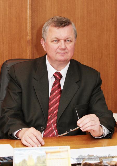 Накануне областного праздника «Дажынкі-2015» первый заместитель председателя облисполкома Иван ЖУК рассказал о заслугах и достижениях гродненских аграриев