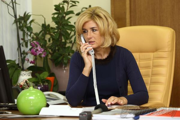 На вопросы жителей Гродненщины во время прямой телефонной линии ответила заместитель председателя облисполкома Елена Агей
