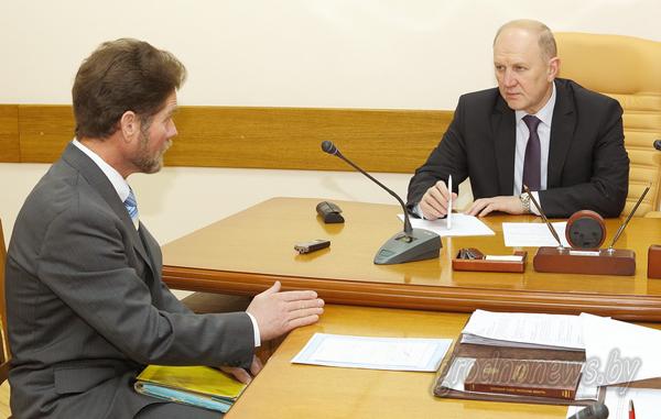 Председатель облисполкома Владимир Кравцов провел прием граждан