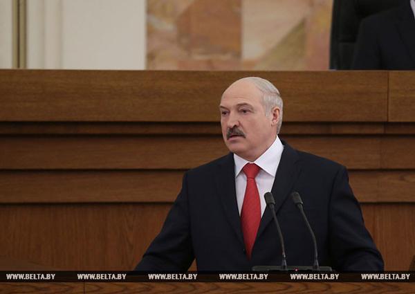 Президент Республики Беларусь Александр Лукашенко обратился с ежегодным Посланием к белорусскому народу и Национальному собранию