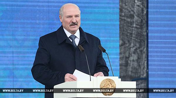 Лукашенко: белорусский народ проявил истинный героизм, преодолевая последствия чернобыльской катастрофы