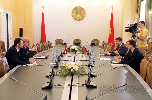 С официальным визитом на Гродненщине побывал Чрезвычайный и Полномочный Посол Латвийской Республики в Республике Беларусь Мартиньш Вирсис
