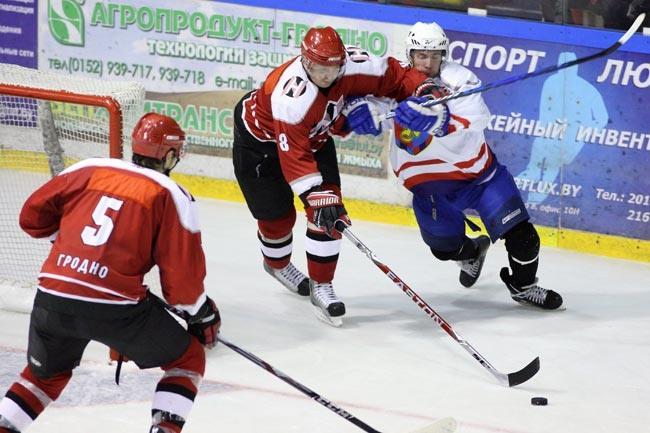 25 августа стартует XII Международный турнир по хоккею, посвященный памяти Александра Дубко