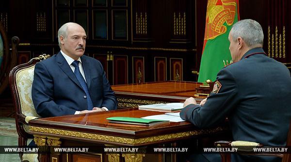 Лукашенко: от оптимизации в МВД никуда не уйдем, но глупого сокращения быть не должно