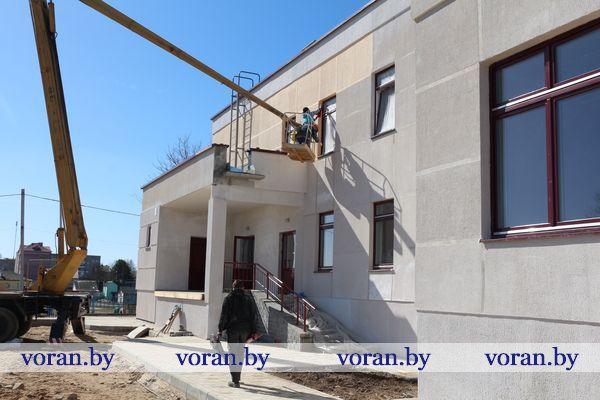 Завершается строительство одного из корпусов Вороновской школы
