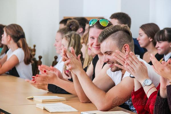 Знаменитые слова Скорины прозвучат из уст студентов-иностранцев на их родных языках во время акции в Гродно