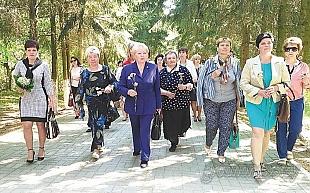 Лауреаты областного конкурса «Хозяйка усадьбы – хозяйка страны» принимали заслуженные поздравления