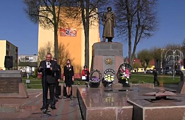 6 мая в Вороново прошел митинг посвященный старту районной патриотической авто- мото- велоэстафеты «От памятника к памятнику» (Видео)