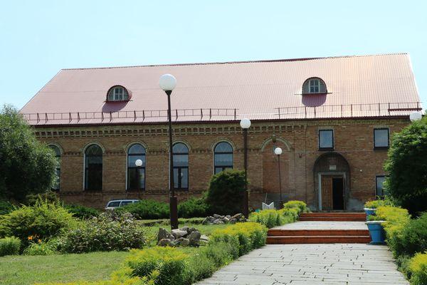 Вороновский райисполком предлагает в аренду здание