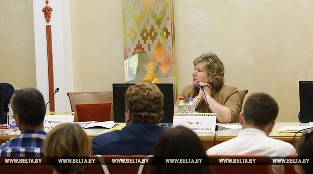 Беларусь системно работает над укреплением национальных СМИ — Ананич