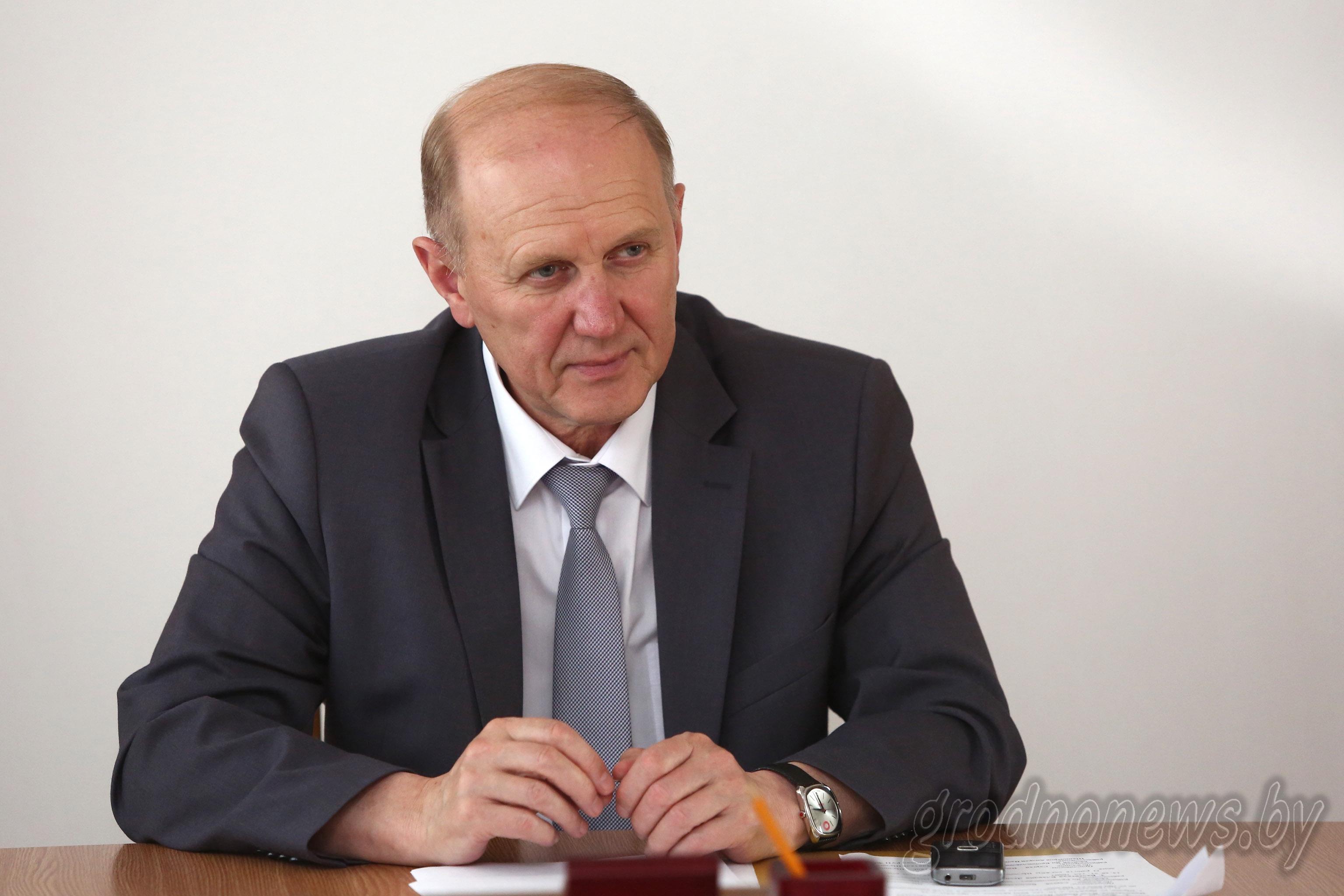 Владимир Кравцов: «Вопросы ЖКХ остаются основными среди обращений граждан»