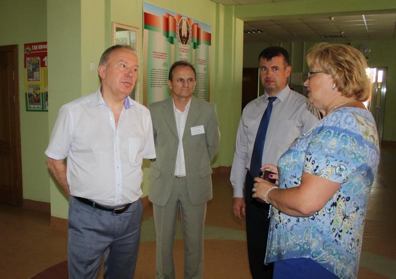 Вице-премьер Беларуси Василий Жарко посетил Сморгонщину (Дополнено)