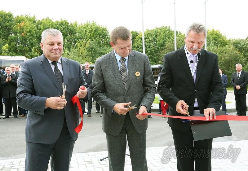 Торгово-сервисный центр «Амкодор» открылся в Гродно
