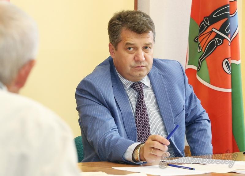 Сергей Ровнейко: «На районном уровне нужно уделять больше внимания работе с обращениями граждан»