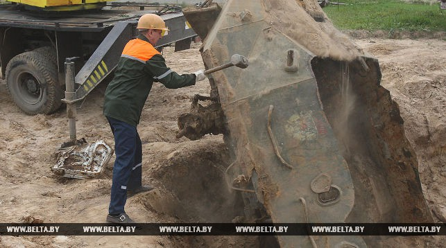 В Гродно под землей нашли бронетранспортер времен войны