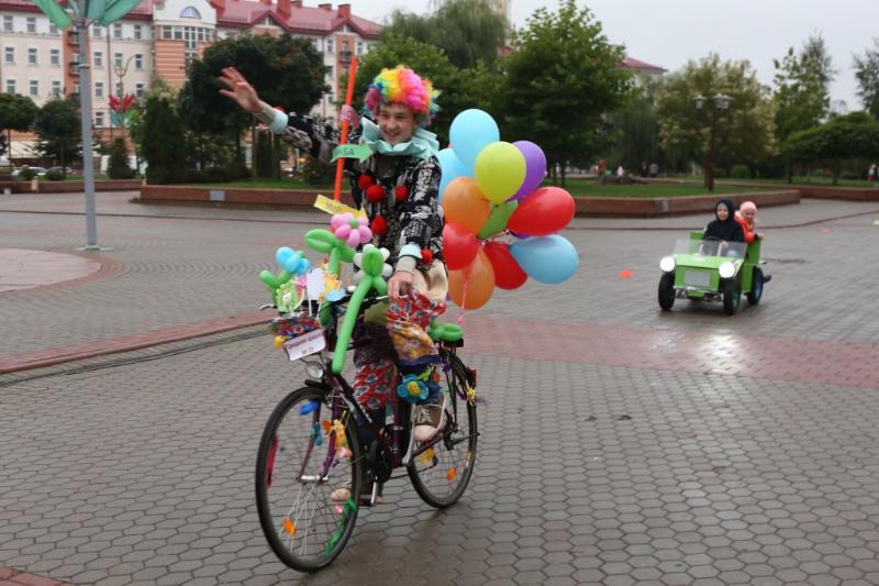 Презентационные заезды на экологически чистых транспортных средствах провели в Гродно