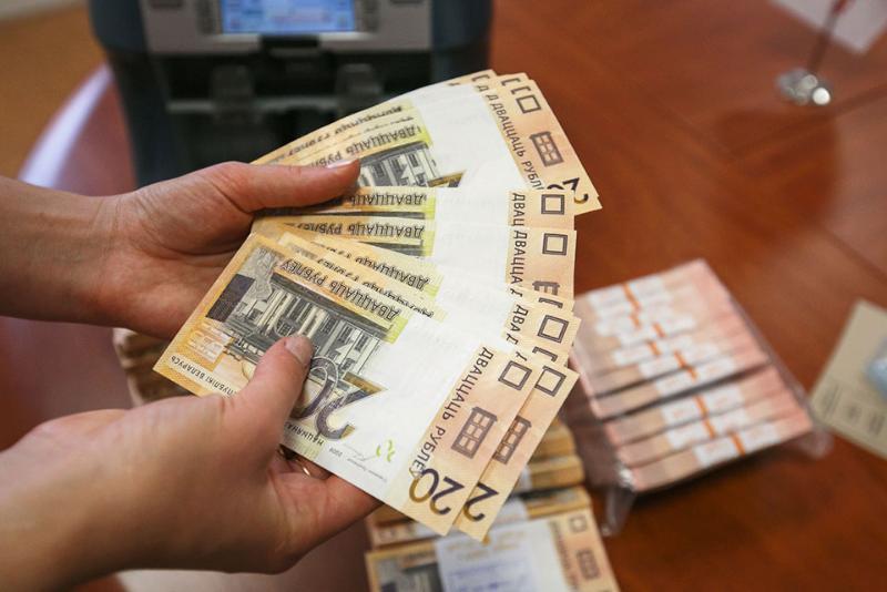 Быстрые деньги дорого стоят. Не вернув вовремя небольшие займы, люди «попадают» на огромные деньги