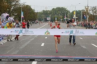 Спортсменка из Островецкого района стала победительницей Минского полумарафона