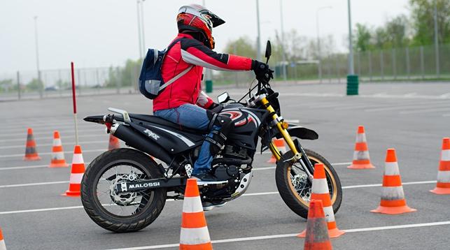 В Беларуси усложняют экзамен на права для мотоциклистов