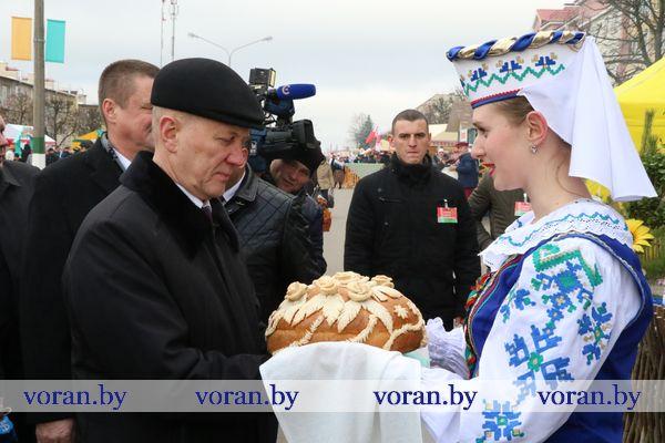 Областные «Дажынкі» в Свислочи. Репортаж наших корреспондентов (Фото)