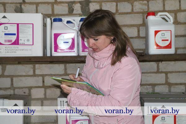 Как в хозяйствах Вороновского района хранятся химпрепараты?