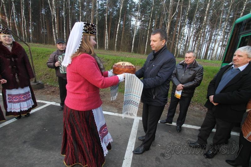 Свислочь принимает гостей. На границе Свислочского района встречают первые делегации участников областных «Дажынак» (Будет дополнено)
