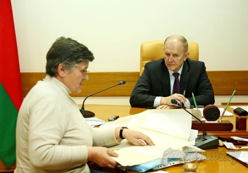 Внимание к вопросам, поддержка инициативам. Председатель областного исполнительного комитета Владимир Кравцов провел прием граждан