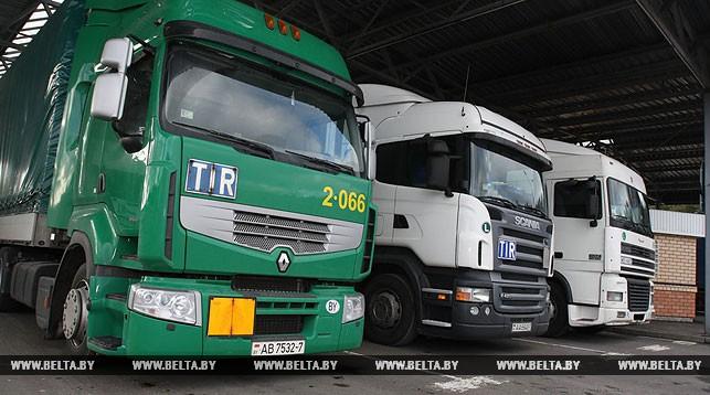 Более 750 грузовиков ожидают выезда из Беларуси