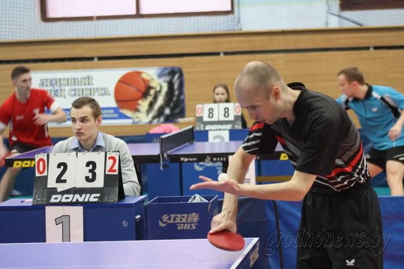 В Гродно выясняют, кому достанется командный кубок Республики Беларусь по настольному теннису