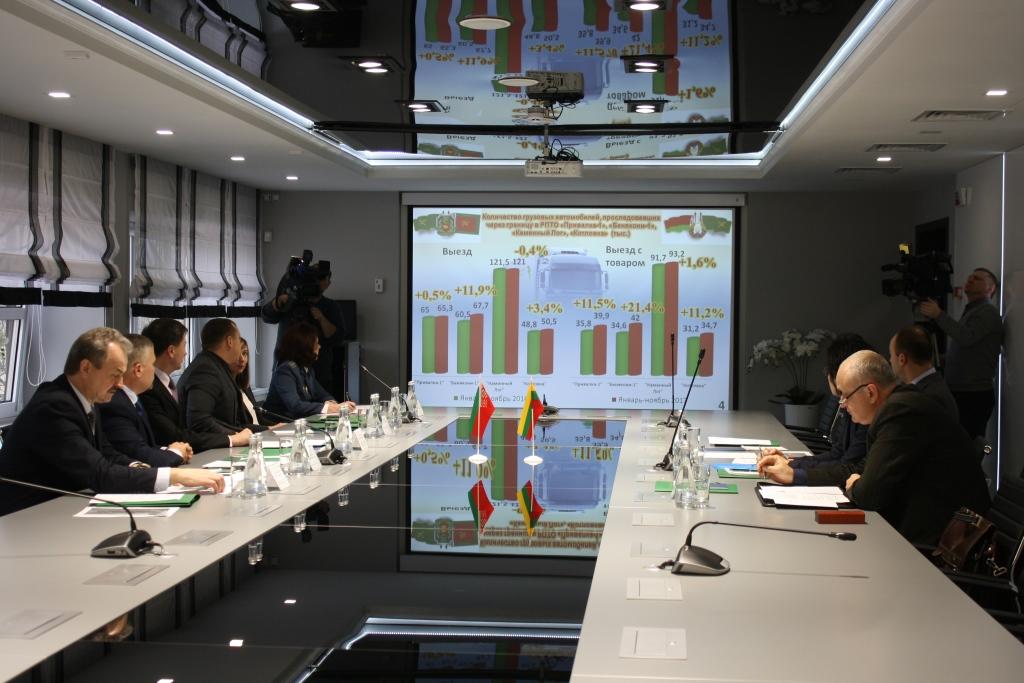 Как увеличить грузопоток? Вопросы взаимодействия на белорусско-литовской границе обсудили в Гродно представители таможенных служб двух стран