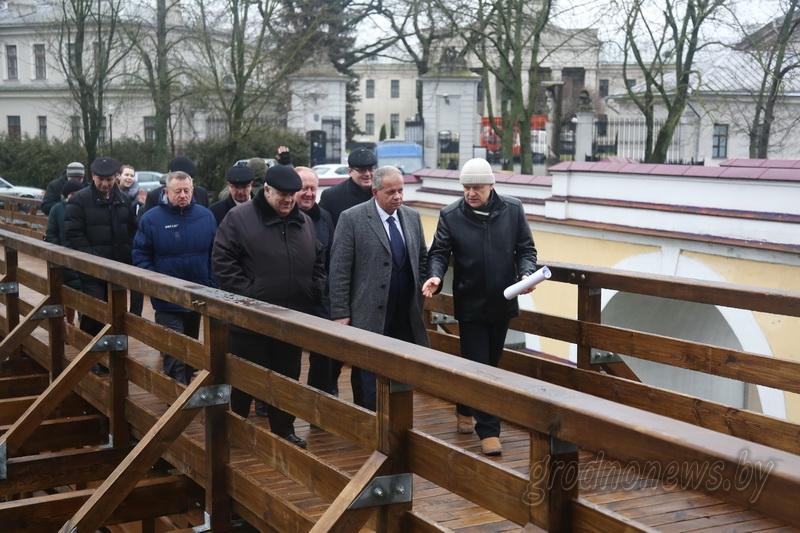 Министр культуры Юрий Бондарь: «Финансирование работ на объектах Коложской церкви и Старого замка планируется продолжить в 2018 году»