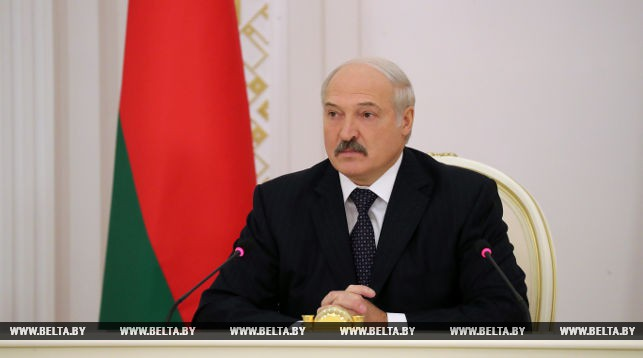 Александр Лукашенко: Беларусь должна максимально использовать возможности по развитию цифровой экономики (+Видео)