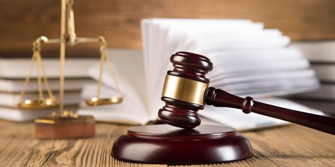 О законах знают все. Юрисконсульты и адвокаты, прокуроры и преподаватели юридических факультетов, судьи и работники правоохранительных органов – представители этих профессий отмечают общий праздник – День юриста