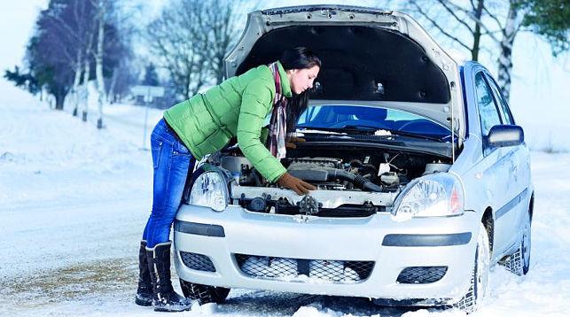 Эксперты сообщили об опасности зимнего прогрева автомобилей