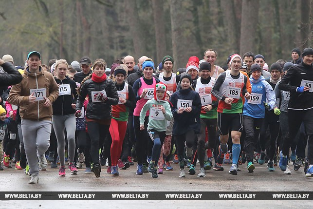 От школьников до пенсионеров: пробег трезвости в Гродно собрал рекордное число участников