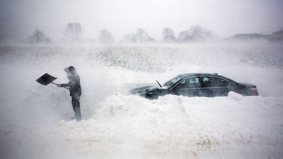 Как не замерзнуть в машине: 9 вещей, которые вас спасут