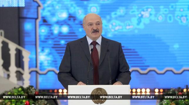 Александр Лукашенко: в современном быстро меняющемся мире белорусам важно не потерять свою идентичность (+Видео)