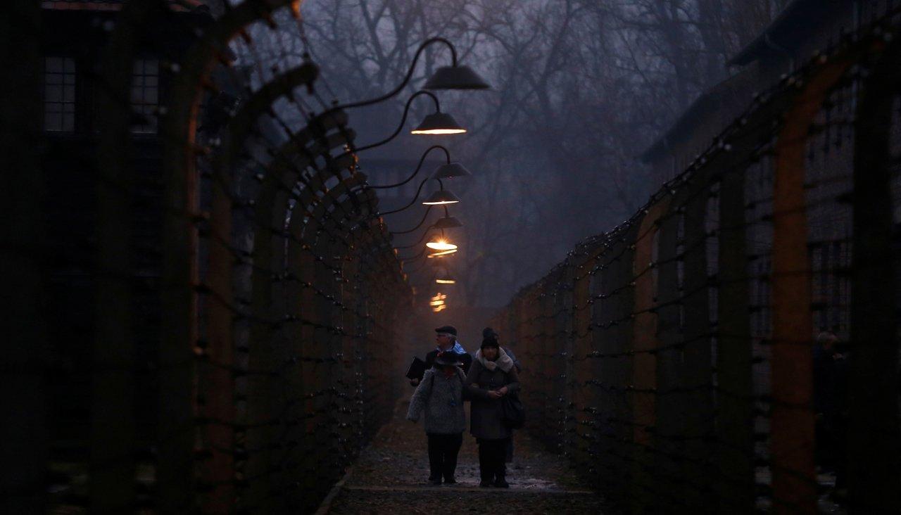 Польша вводит тюремные сроки за слова о причастности поляков к Холокосту. И за отрицание преступлений украинских националистов