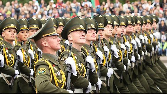 Александр Лукашенко: в Беларуси Вооруженные Силы всегда будут надежным гарантом мира и безопасности