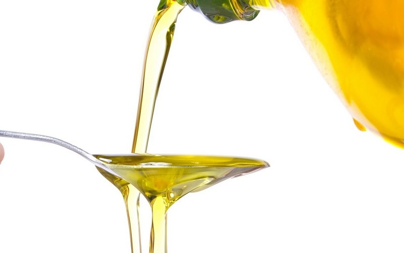 Ученые рассказали, что рыбий жир и растительное масло не так уж и полезны