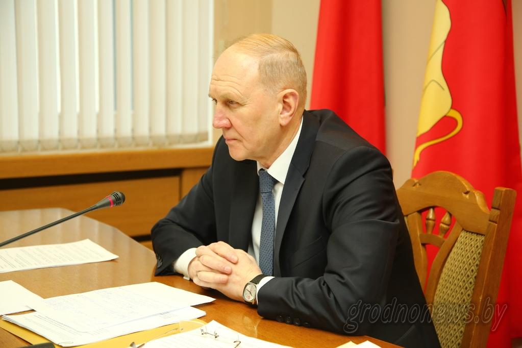 В сфере особого внимания: выборы в местные Советы депутатов, Год малой родины, проекты для областного центра
