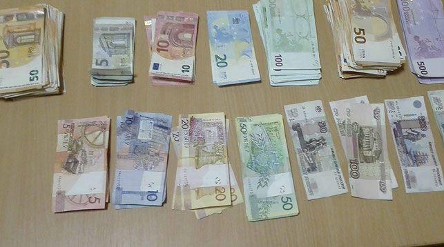 За незаконное перемещение валюты через границу мужчина оштрафован на 500 БВ и лишился 20 тысяч долларов