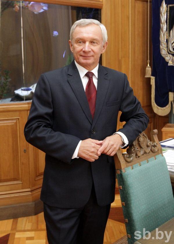 Сергей Абламейко: «Основы моей научной  карьеры были заложены в родной школе»