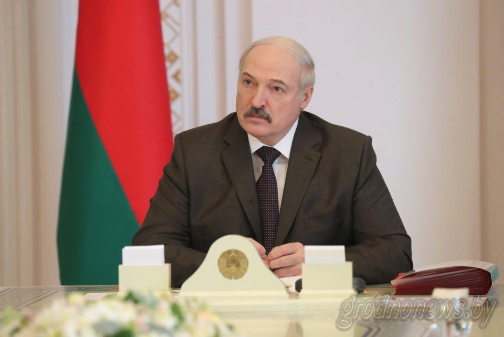 Президент Беларуси Александр Лукашенко рассмотрел кадровые вопросы