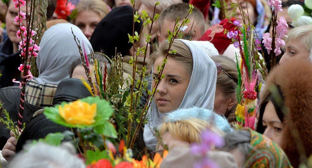 Католики отмечают Вербное воскресенье