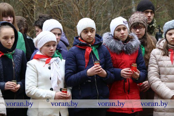 Вороновщина помнит. Сегодня прошел митинг-реквием, посвященный 75-летию со дня трагедии в Хатыни. (Дополнено, +Видео))